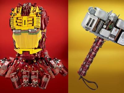 復仇者的另類結盟,用公仔、家電、可樂罐拼裝出超級英雄