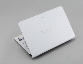 Sony VAIO E11 評測:新 AMD APU 小筆電好便宜