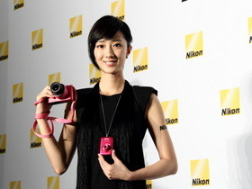 Nikon 1 J2 台灣發表,桂綸鎂代言,還有 Android 相機 S800c
