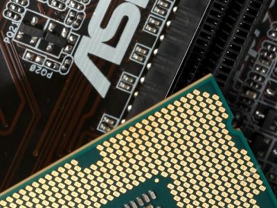 非K也能超頻!選對主機板,鎖頻處理器照樣超上去,實測給你看