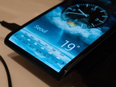 Samsung 5 吋 1080p AMOLED 螢幕登場,將搭配 Galaxy S4 一起上市