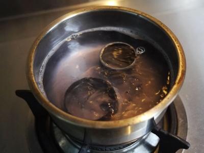 相機鏡頭泡海水,用「煮」的竟然可以修!內情並不單純啊
