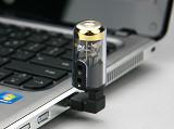 復古味真空管造型─aim AS301DTS外接式音效卡