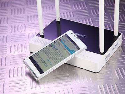 電腦+手機,家用 Wi-Fi 打造雲端影音玩樂中心