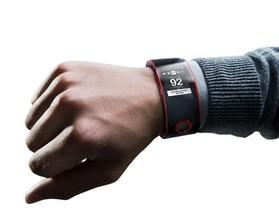 汽車大廠 Nissan 推出首款智慧型手錶  Nismo Watch ,即時監測駕駛和汽車運行狀態資料