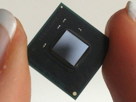 比 Atom 更小,Intel 在 IDF 2013 推出穿戴型裝置專用 SOC 晶片:Quark