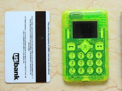 另類防水名片手機:Card Phone CM1-AQUA