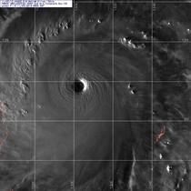 人類氣象史上的風王寶座:新世紀風王海燕颱風