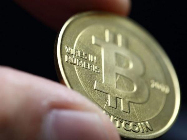1枚比特幣飆到1000 美元!6 個問句讓你搞懂這個虛擬貨幣