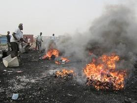 落後國家成為先進國家的垃圾場!每天 24 小時,這裡都在焚燒有毒的電子產品