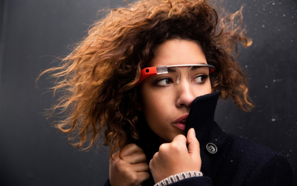 Google Glass 加入眨眼拍照功能,是好事還是壞事?