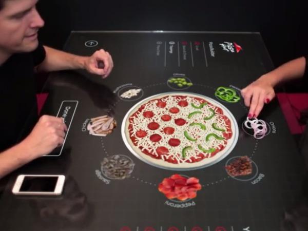 客製化披薩不求人,Pizza Hut 推出互動式點餐概念