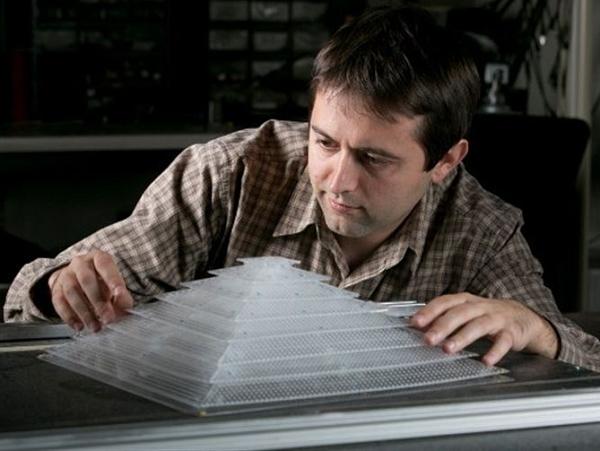 用 3D 列印製造一台隱形裝置,避開聲納探測偵成功了!