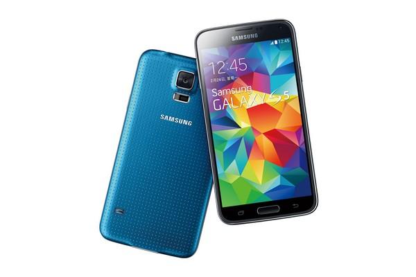 三星全新旗艦智慧機GALAXY S5磅礡襲台!Samsung Gear Fit和Gear 2同步上陣!