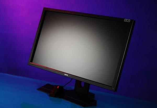戰力滿點,電競玩家必備顯示器 BenQ XL2420Z