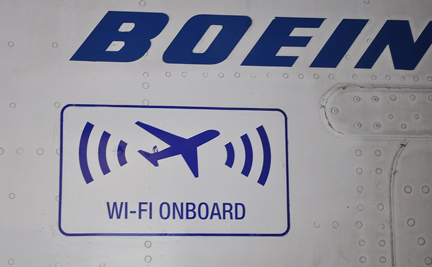 飛機上哪來的Wi-Fi無線網路?陸基3G、衛星網路架構原理