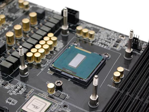 微星Intel Z97樣品曝光,是否升級新CPU與主機板,還是繼續等DDR4?