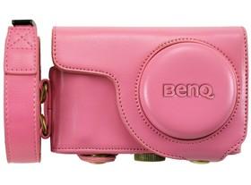 買BenQ G2F留好評,就送輕巧專屬皮套!晚美自拍機G2F搭配粉紅皮套,打造時尚風格!