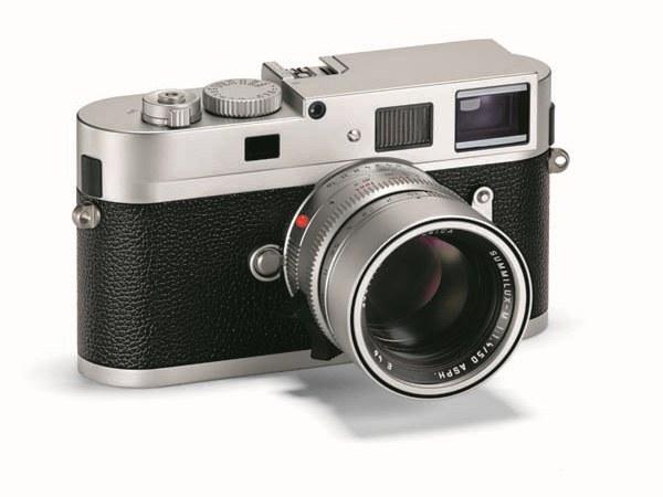 LEICA M MONOCHROM SILVER:全片幅黑白單色調相機、銀色機身全新登場!