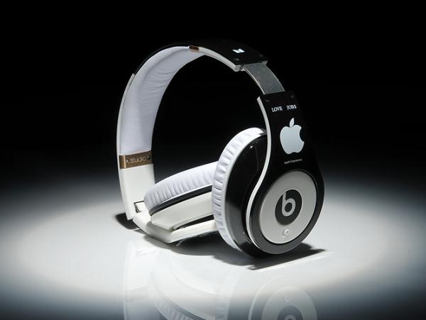 「約會10年突然宣佈結婚」,蘋果為什麼花 30 億美元買 Beats ?