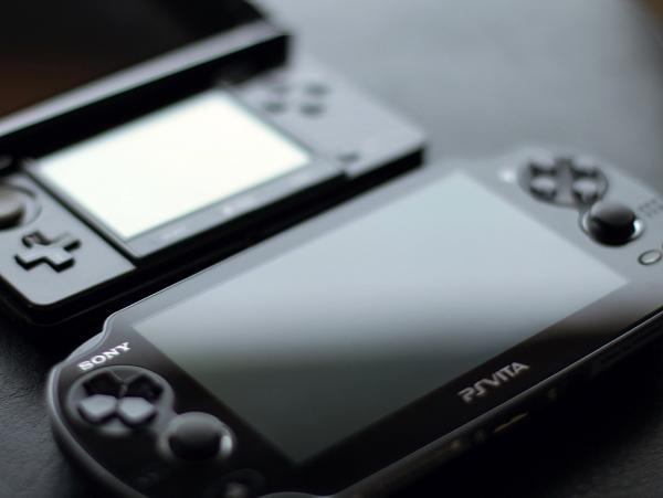8 年了,SONY 遊戲機銷量首次超過任天堂