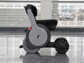 適應多種複雜路況,具備 10 度傾斜角爬坡能力的電動輪椅 Whill