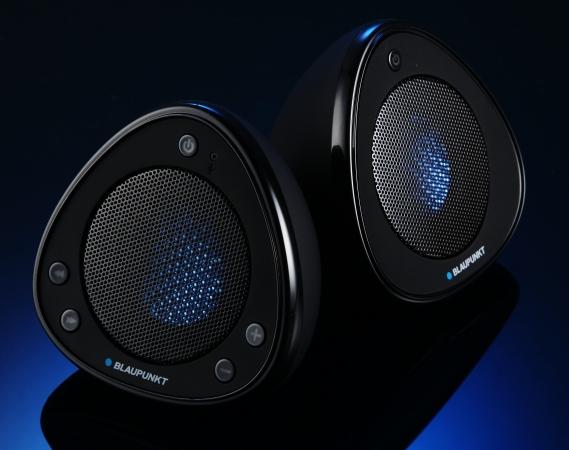 BLAUPUNKT BPA-3003W 藍牙喇叭評測:雙倍音箱更夠力