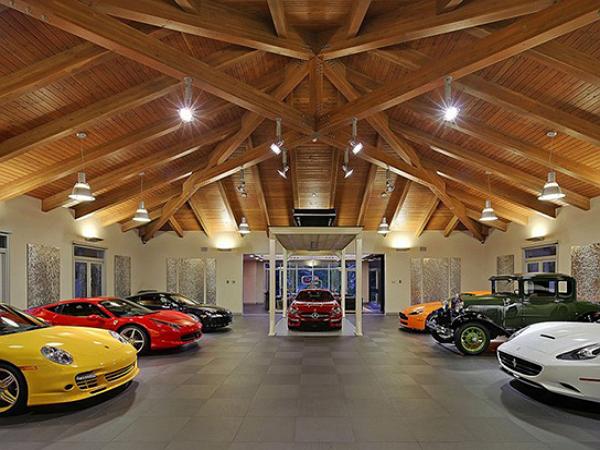 如果東尼史塔克有車庫,應該就是這樣了