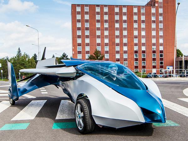 超科幻!乘坐這台機翼可變形飛行跑車,讓你變成科學小飛俠