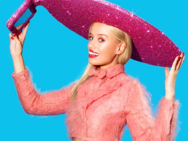 自拍無極限,Acer 推出時尚界的平板自拍神器 Selfie Hat