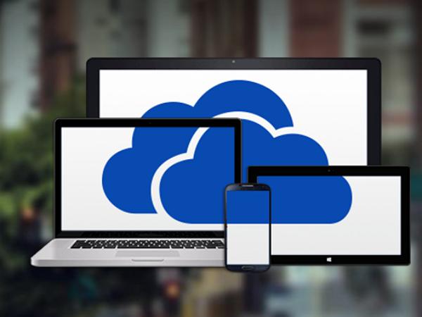 在手機上開啟OneDrive 照片備份功能,就多送你15GB空間