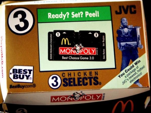 澳洲 漢堡王推大富翁集點活動...但集的是麥當勞的點數?