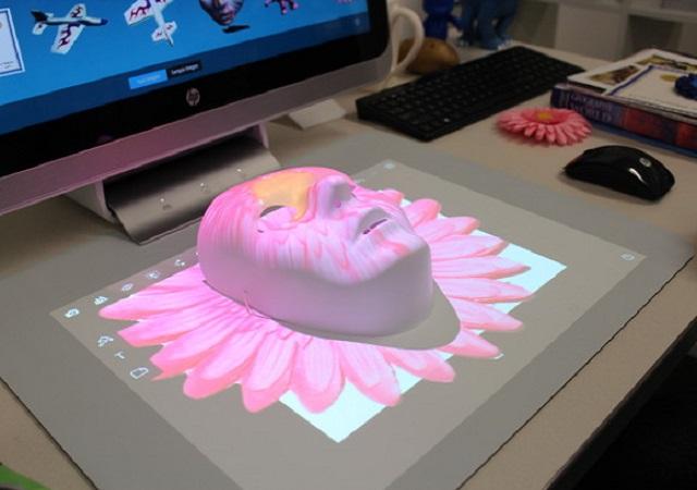 HP雙螢幕觸控電腦Sprout,內建多用途3D掃描裝置