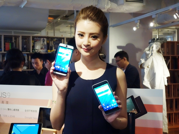 HTC Desire eye / Desire 820 / Nexus 9 新發表,高 CP 值搶攻市場