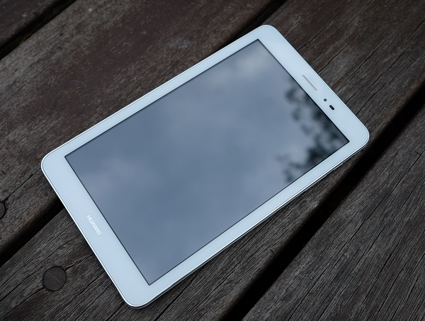 華為 MediaPad T1 8.0 平板評測:不到 5,000 元的 3G 通話 8 吋四核心平板