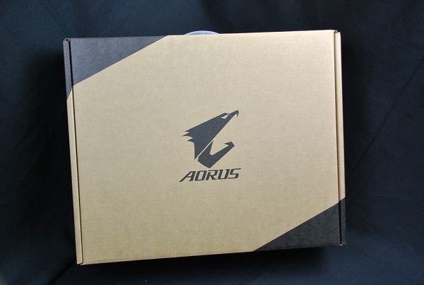 《金獎優評》AORUS X3電競筆電,最輕最強的電競王者