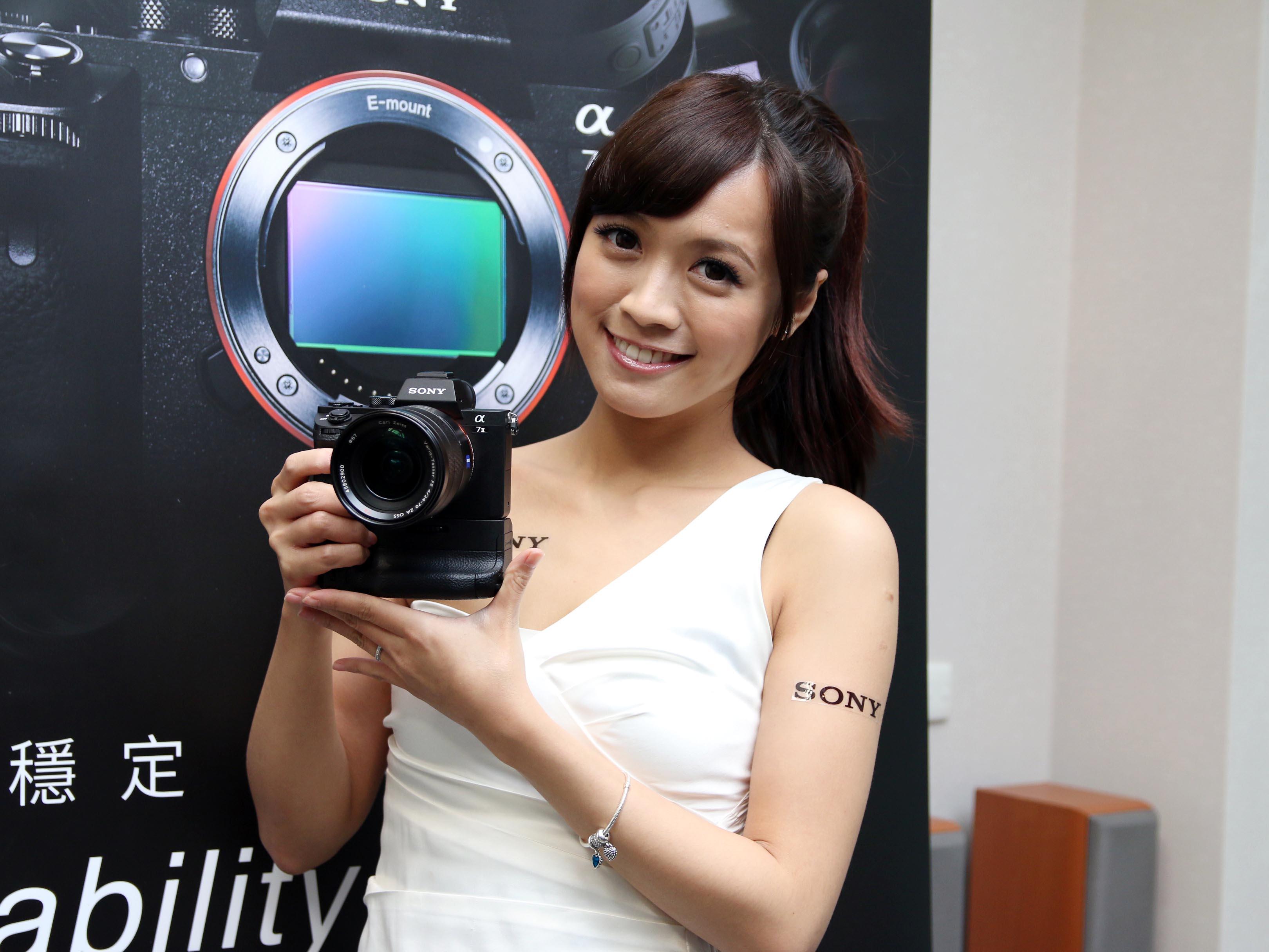 Sony A7 II  正式發表:首創全片幅五軸防震、117 點自動對焦