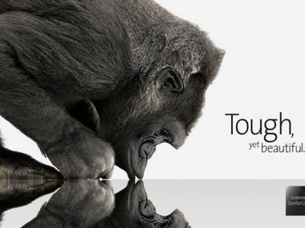 口嫌體正直?康寧公布新一代手機螢幕計畫Project Phire,耐刮性接近藍寶石