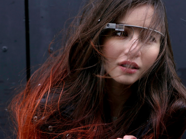Google眼鏡的推手是她,最後讓Google眼鏡退場的還是她