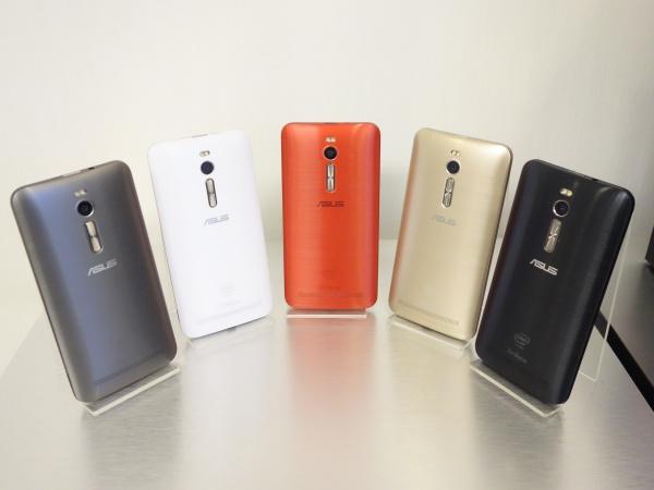 Asus ZenFone 2 新旗艦動手玩,舒適手感、順暢性能、頗令人期待