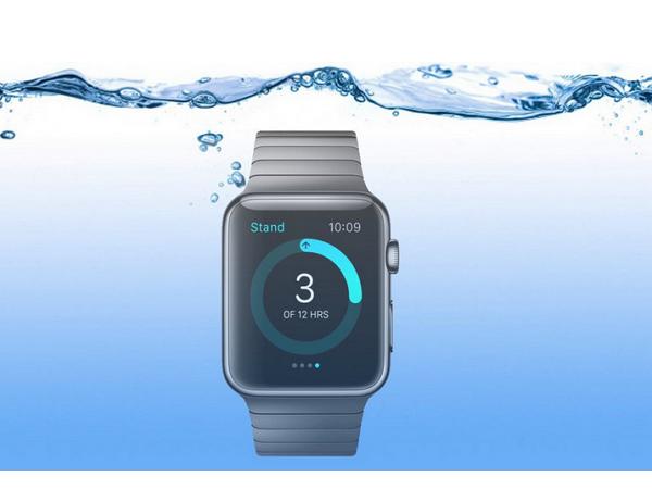 聽說Apple Watch 不怕水,所以有人帶著它去游泳...結果如何?