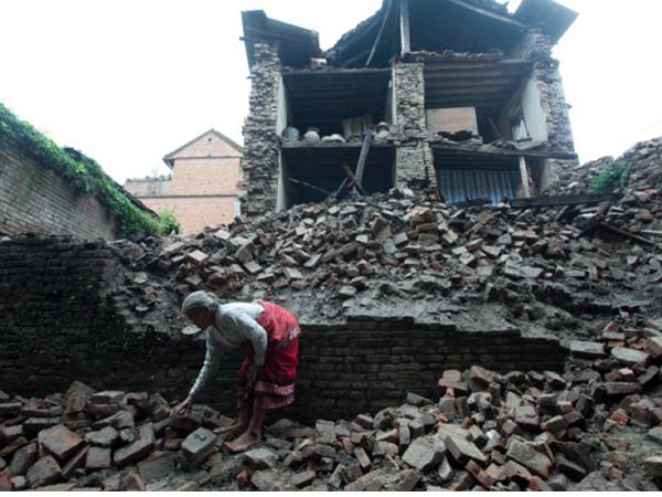尼泊爾震災當前,Google、Facebook如何幫忙救災