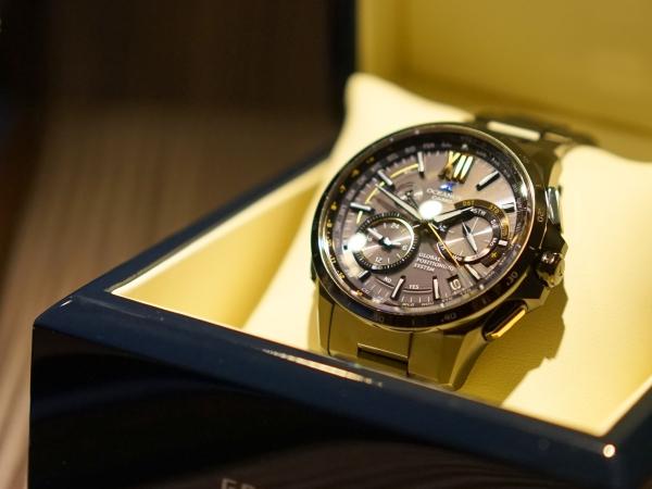 Casio 發表旗艦錶款 Oceanus G-1000,具備太陽能、電波校時與 GPS 功能