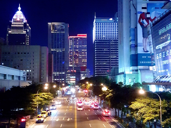 Samsung Galaxy S6 天龍國夜拍實戰體驗