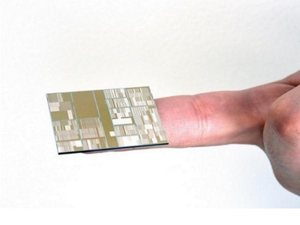 IBM聯手Samsung做出了史上最強的7奈米晶片,台積電、Intel還在10奈米打轉