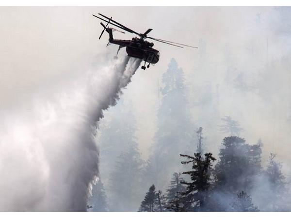 不要用遙控機圍觀火警!美國加州大火上空的空拍機讓警消人員很火大