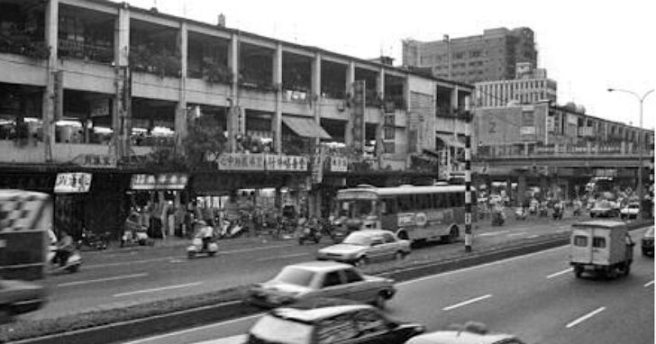 好懷念!這支MV帶你回到當年台北的「中華商場」歷史印象