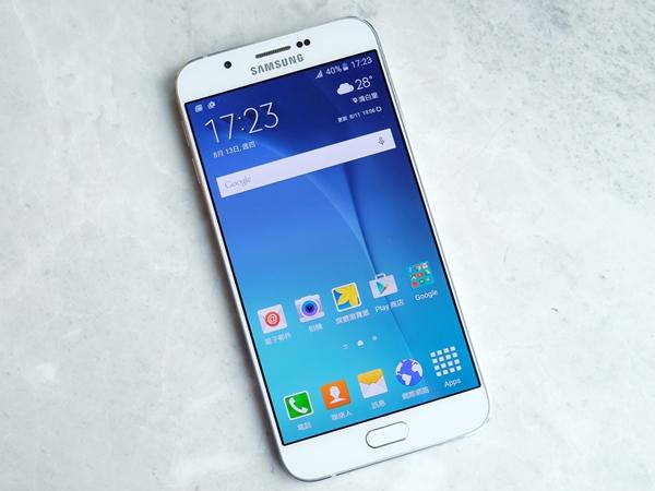 超薄、雙卡、大螢幕,美中不足的類旗艦機:三星 Galaxy A8 評測