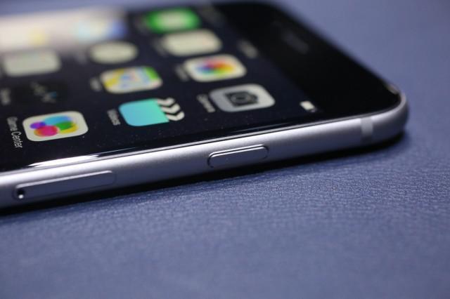 iPhone 6以及神祕的藍寶石螢幕消失之謎