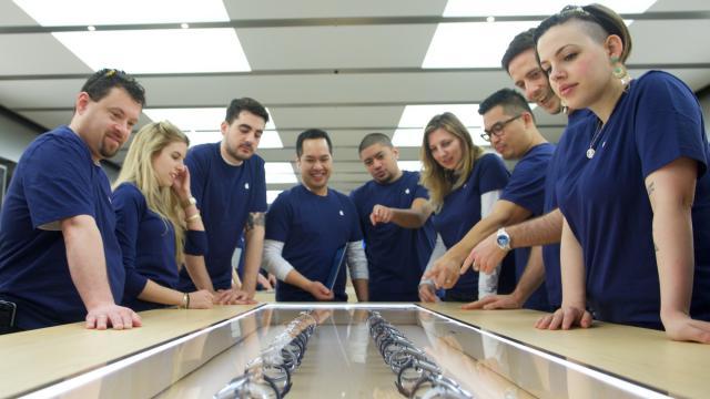 Apple Watch第一天賣幾支?專家數據告訴你